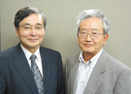ディーテック株式会社 代表取締役 浜村 善博氏(左) 大阪産業創造館 ナビゲーター 間野 洋治郎氏(右)