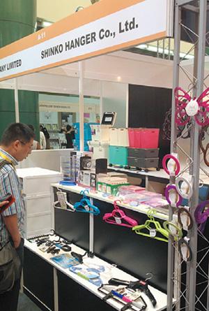 マレーシアでの展示会の様子。