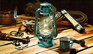 90年の灯守る国内唯一のランプ職人