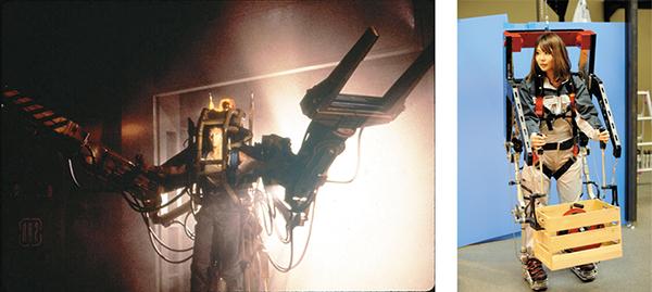 映画「エイリアン2」に登場した重量物を運搬するパワーローダー。映画では、これを搭乗した主人公が危険な宇宙生物「エイリアン」と一対一で格闘する(写真左)20世紀フォックスホーム エンターテイメント ジャパン/エイリアン2 ブルーレイ発売中 ¥2,381(税抜き)。 装着すれば、人間の筋力をアップできる「パワーアシストスーツ」(写真右)。