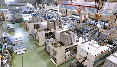 全自動生産管理システムが導入された工場。