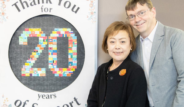 カナダと日本、夫婦だからこそできた翻訳サービス