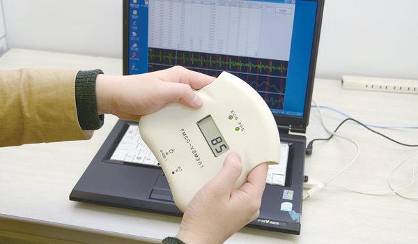 疲れやストレスを「測る」自律神経測定センサーを開発
